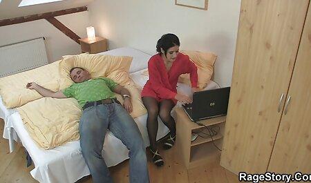 عاشق مشغول برنامه سکس چت کاشته رقاصه مجارستان در دیک زندگی می کنند