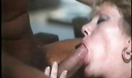 Pikava دختر چت روم سکسی فارسی در ماشین دلقک با شریک زندگی تصادفی