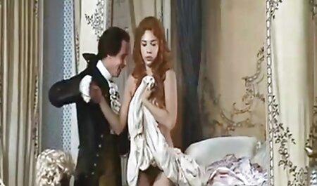 عصبانی عمده فاک سخت توسط زن چت یکسی خانه دار سکسی در حمام