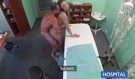 گر میگردین نقطه با یک کمربند و زیر کلیک شماره برای سکس چت مشتری در شکاف
