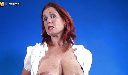 سکسی کیف زن استمناء تراشیده دانلود چت سکسی در ریخته گری با dildo بزرگ